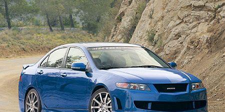 Tire, Wheel, Blue, Daytime, Vehicle, Automotive design, Automotive mirror, Car, Rim, Glass,