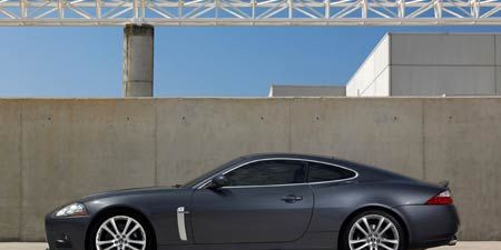 Tire, Wheel, Mode of transport, Automotive design, Alloy wheel, Vehicle, Rim, Infrastructure, Car, Spoke,