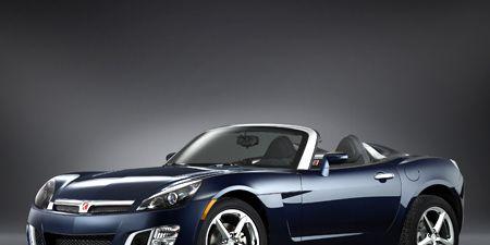 Tire, Wheel, Automotive design, Mode of transport, Automotive mirror, Vehicle, Automotive exterior, Automotive lighting, Headlamp, Hood,