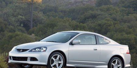 Tire, Wheel, Vehicle, Automotive design, Alloy wheel, Land vehicle, Rim, Automotive lighting, Automotive mirror, Car,