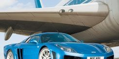 Motor vehicle, Tire, Mode of transport, Automotive design, Transport, Vehicle, Automotive exterior, Land vehicle, Car, Rim,
