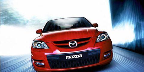 Motor vehicle, Mode of transport, Automotive design, Daytime, Automotive lighting, Vehicle, Automotive mirror, Hood, Grille, Headlamp,