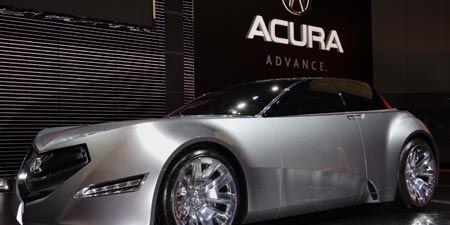 Tire, Wheel, Motor vehicle, Mode of transport, Automotive design, Transport, Vehicle, Alloy wheel, Automotive lighting, Rim,