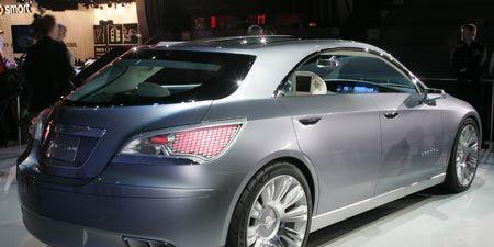 Wheel, Mode of transport, Automotive design, Vehicle, Land vehicle, Car, Personal luxury car, Automotive lighting, Luxury vehicle, Mercedes-benz,