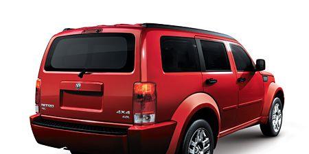 Tire, Motor vehicle, Automotive tire, Automotive tail & brake light, Automotive design, Vehicle, Product, Automotive exterior, Automotive lighting, Rim,