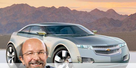 Tire, Motor vehicle, Wheel, Automotive design, Vehicle, Automotive tire, Land vehicle, Headlamp, Automotive mirror, Transport,