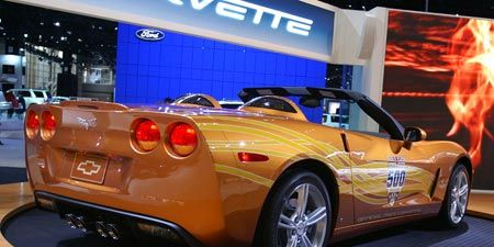 Motor vehicle, Tire, Wheel, Mode of transport, Automotive design, Vehicle, Automotive lighting, Performance car, Car, Rim,