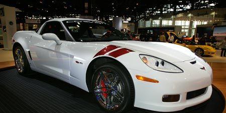 Tire, Wheel, Automotive design, Land vehicle, Vehicle, Car, Rim, Performance car, Sports car, Alloy wheel,