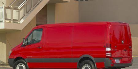 Motor vehicle, Mode of transport, Automotive design, Vehicle, Automotive tire, Transport, Automotive mirror, Rim, Property, Automotive parking light,