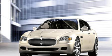 Automotive design, Mode of transport, Vehicle, Transport, Land vehicle, Automotive mirror, Grille, Automotive parking light, Rim, Car,