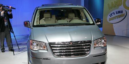 2008 chrysler minivan