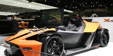 Tire, Wheel, Motor vehicle, Mode of transport, Automotive design, Vehicle, Rim, Automotive wheel system, Alloy wheel, Automotive tire,