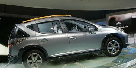 Motor vehicle, Tire, Wheel, Mode of transport, Automotive design, Product, Vehicle, Land vehicle, Automotive tire, Car,
