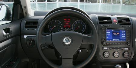 Motor vehicle, Mode of transport, Transport, Product, Steering part, Automotive design, Steering wheel, White, Technology, Automotive mirror,
