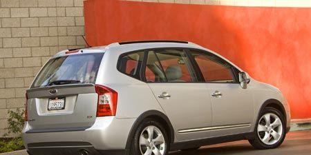 Tire, Wheel, Motor vehicle, Automotive mirror, Mode of transport, Vehicle, Automotive design, Glass, Automotive tire, Land vehicle,