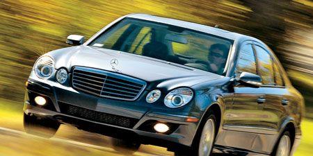 Motor vehicle, Mode of transport, Automotive design, Vehicle, Land vehicle, Hood, Automotive mirror, Grille, Car, Automotive parking light,