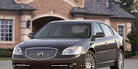 Motor vehicle, Tire, Mode of transport, Window, Vehicle, Transport, Automotive lighting, Headlamp, Hood, Infrastructure,