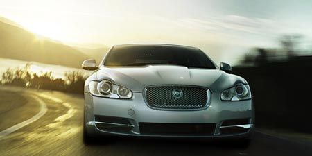 Automotive design, Vehicle, Headlamp, Automotive lighting, Hood, Grille, Land vehicle, Car, Personal luxury car, Automotive exterior,