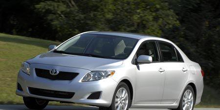 Tire, Motor vehicle, Automotive mirror, Wheel, Mode of transport, Vehicle, Automotive design, Glass, Land vehicle, Automotive lighting,