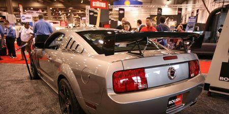 Motor vehicle, Tire, Automotive design, Vehicle, Vehicle registration plate, Automotive lighting, Automotive exterior, Automotive tail & brake light, Performance car, Car,