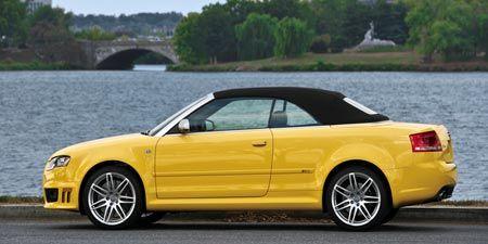 Tire, Wheel, Automotive design, Vehicle, Yellow, Car, Rim, Fender, Alloy wheel, Bank,