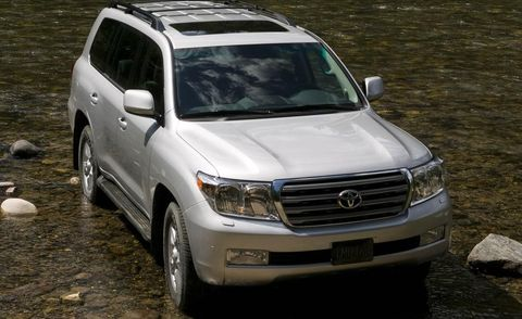 Motor vehicle, Vehicle, Land vehicle, Automotive design, Glass, Headlamp, Car, Automotive lighting, Transport, Grille,