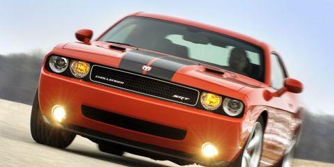 Tire, Motor vehicle, Automotive design, Vehicle, Transport, Hood, Automotive lighting, Headlamp, Automotive exterior, Car,