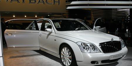 Tire, Mode of transport, Vehicle, Automotive design, Land vehicle, Transport, Grille, Personal luxury car, Car, Vehicle door,