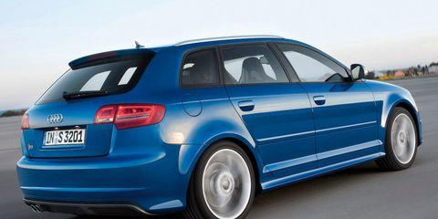 Tire, Wheel, Automotive design, Blue, Vehicle, Land vehicle, Automotive exterior, Vehicle registration plate, Automotive tire, Alloy wheel,