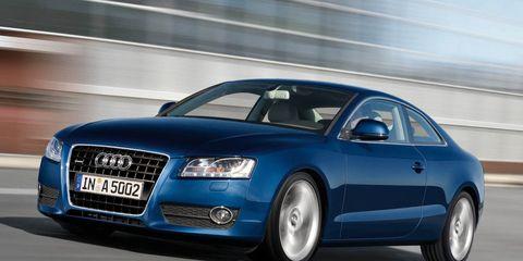 Tire, Wheel, Mode of transport, Automotive mirror, Automotive design, Transport, Vehicle, Automotive parking light, Infrastructure, Automotive tire,