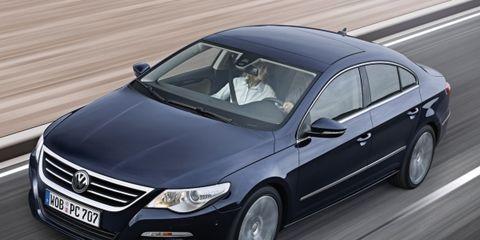 Tire, Mode of transport, Automotive design, Vehicle, Automotive mirror, Transport, Land vehicle, Car, Headlamp, Automotive tire,