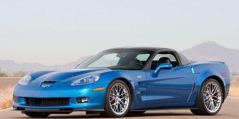 Tire, Wheel, Automotive design, Blue, Vehicle, Hood, Land vehicle, Rim, Car, Automotive tire,