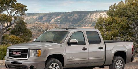 Tire, Wheel, Motor vehicle, Automotive tire, Vehicle, Window, Natural environment, Land vehicle, Automotive parking light, Glass,