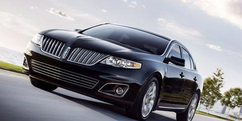 Tire, Automotive design, Automotive tire, Vehicle, Automotive exterior, Headlamp, Automotive lighting, Rim, Grille, Alloy wheel,
