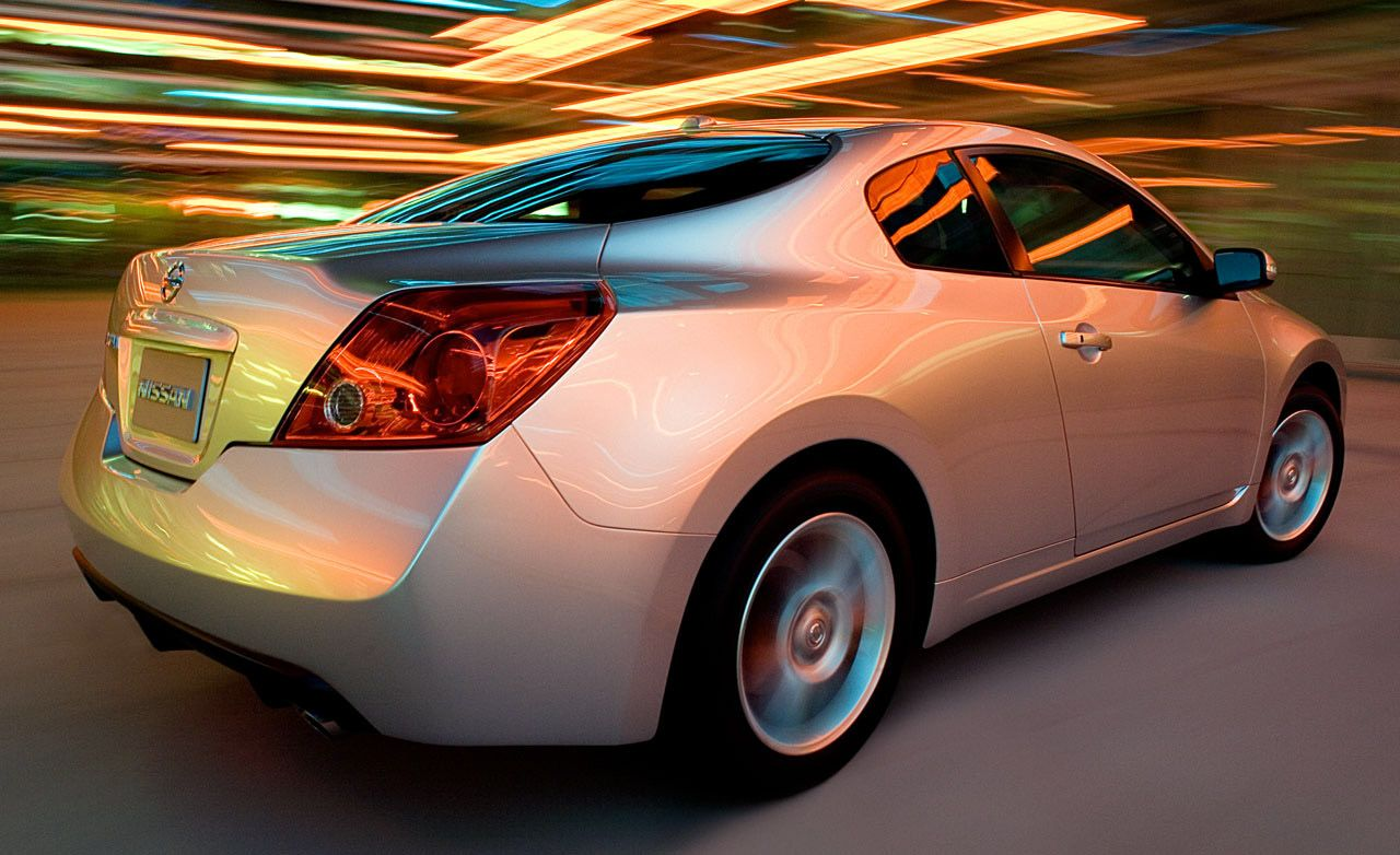 2009 Nissan Altima Sedan And Coupe 8211 Review 8211 Car And Driver