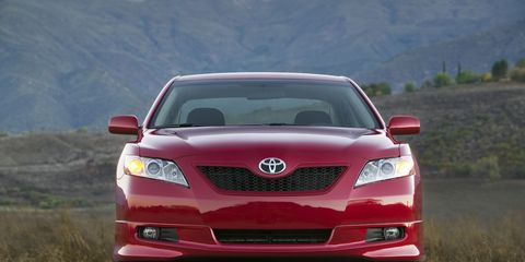 2009 Toyota Camry 8211 Review