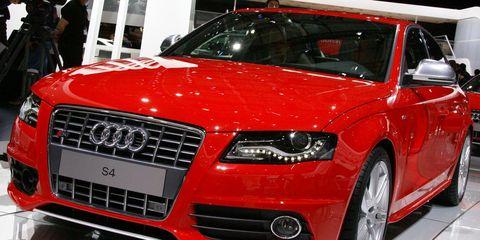 Automotive design, Vehicle, Event, Land vehicle, Grille, Car, Hood, Audi, Alloy wheel, Fender,