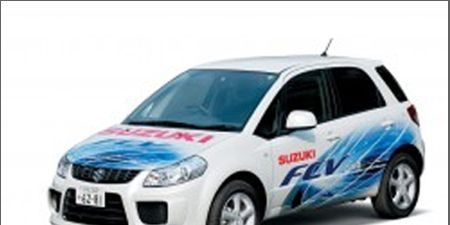 Motor vehicle, Automotive mirror, Mode of transport, Automotive design, Blue, Transport, Vehicle, Product, Land vehicle, Automotive lighting,