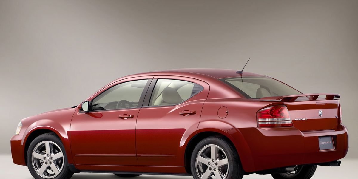 2009 dodge avenger 8211 review 8211 car and driver 2009 dodge avenger 8211 review