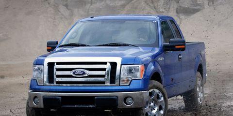Motor vehicle, Tire, Wheel, Automotive tire, Automotive design, Blue, Vehicle, Land vehicle, Transport, Automotive exterior,