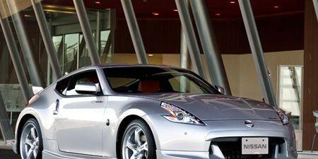Tire, Motor vehicle, Automotive design, Mode of transport, Vehicle, Automotive lighting, Car, Rim, Automotive exterior, Glass,