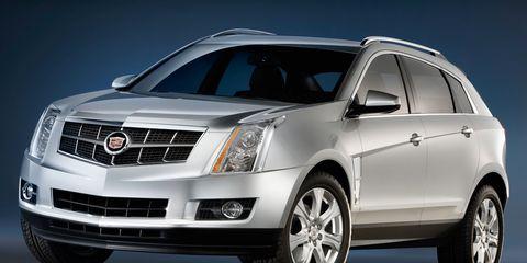 Motor vehicle, Tire, Wheel, Automotive design, Automotive mirror, Vehicle, Daytime, Transport, Land vehicle, Automotive tire,