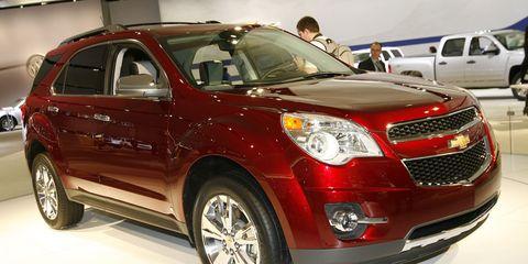 Motor vehicle, Wheel, Tire, Automotive design, Vehicle, Land vehicle, Automotive tire, Car, Grille, Technology,