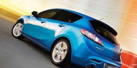 Tire, Wheel, Automotive design, Blue, Vehicle, Car, Fender, Hatchback, Alloy wheel, Azure,