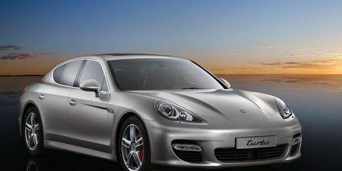 Motor vehicle, Automotive design, Mode of transport, Vehicle, Automotive lighting, Rim, Alloy wheel, Car, Headlamp, Fender,
