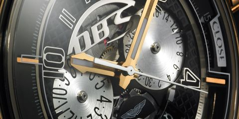 Watch, Analog watch, Font, Glass, Machine, Grey, Metal, Watch accessory, Brand, Clock,