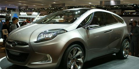 Tire, Motor vehicle, Wheel, Automotive design, Vehicle, Event, Land vehicle, Car, Auto show, Exhibition,
