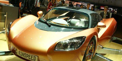Tire, Mode of transport, Automotive design, Vehicle, Event, Land vehicle, Performance car, Car, Supercar, Automotive lighting,