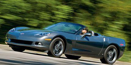 Tire, Wheel, Automotive design, Vehicle, Automotive wheel system, Car, Rim, Performance car, Fender, Sports car,