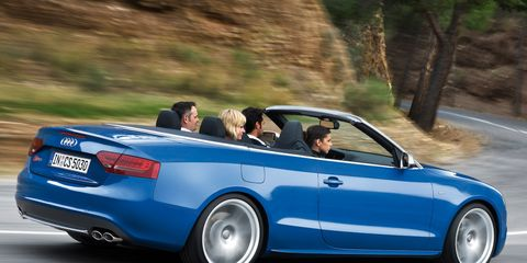 Tire, Wheel, Mode of transport, Automotive design, Vehicle, Land vehicle, Infrastructure, Transport, Automotive exterior, Car,